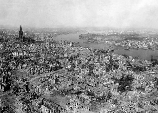 město po bombardování