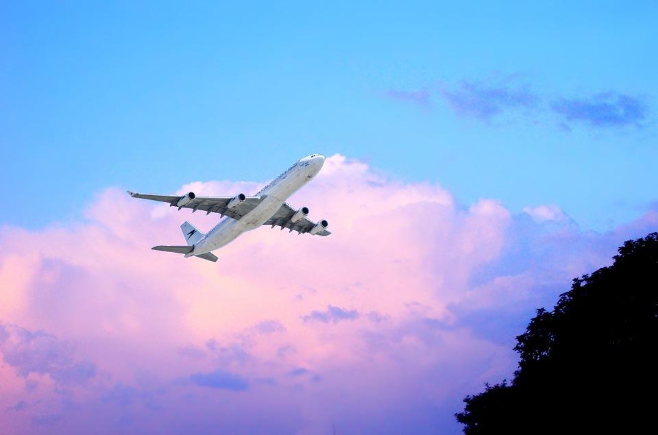 nebe a letadlo